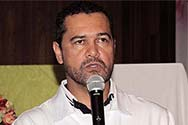Dr. Eduardo Marques (Câncer, precisamos falar sobre isso)