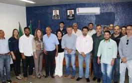 Prefeito de Barra do Bugres se reúne com representantes da Unemat e Empaer com objetivo de revigorar Escola Agrícola