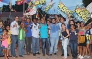 """Juca do Guaraná """"arrasta"""" mais de 300 pessoas pelas ruas do Dr. Fábio"""