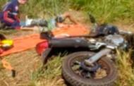 Tangará: dois jovens ficam gravemente feridos em colisão de moto com caminhão