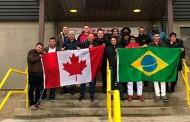 Trabalhadores de MT vão ao Canadá para ensinar funcionários de empresa frigorífica sobre cortes de carne brasileiros