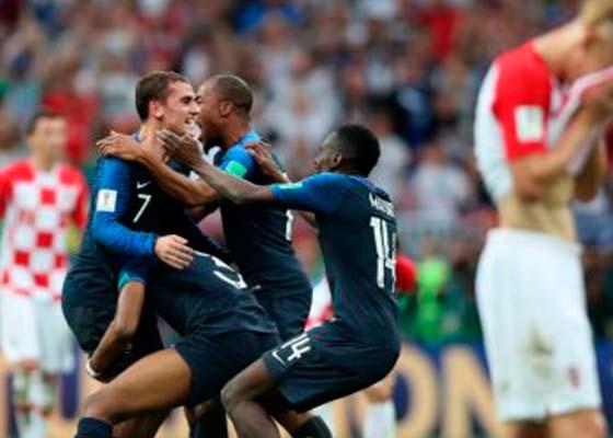 Franceses vencem os croatas na final e faturam bicampeonato mundial na Rússia