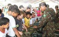 Exército realiza atividades sociais em Porto Estrela