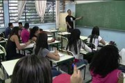 Governo de SP autoriza concurso para 15 mil vagas de professores