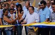 Reconstrução de 6 km de avenida melhora acesso e evita acidentes
