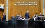 Deputados começam a analisar quatro vetos do governo
