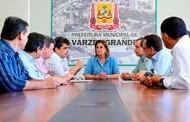 DNIT/MT apresenta anteprojeto do contorno norte de Cuiabá e Várzea Grande à prefeita Lucimar Campos