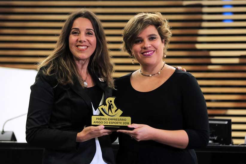 Gabriela-(Aster)-e-Amanda-Menezes-(Ministerio)