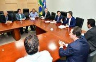 Mendes relata cenário financeiro de Mato Grosso a deputados estaduais