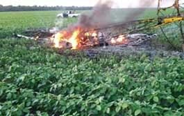 Avião cai em plantação; explode e 2 pessoas morrem em MT