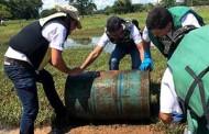 Voluntários limpam rio Cuiabá em Barão de Melgaço