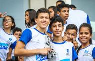 Oitocentas mil camisetas são entregues para alunos da rede estadual de Mato Grosso
