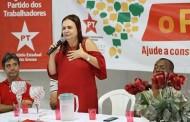 Deputada eleita em MT desafia Bolsonaro a mostrar 'kit gay' e o acusa de desrespeitar professores