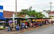 Prefeitura substitui ponto de ônibus da Maria Taquara por contêineres