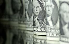 Dólar sobe e chega a bater R$ 3,94 com tensão comercial global