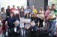 Sala da Mulher entrega 2,5 toneladas de alimentos e mais de R$ 11,5 mil a entidades filantrópicas