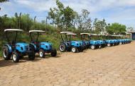 Governo entrega R$ 2 milhões em equipamentos para agricultura familiar