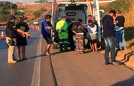Menino atropelado caiu de 'bebê conforto'; pais ainda levavam irmão de três anos em moto