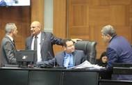 Deputados apreciam 45 projetos de lei durante a semana