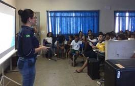 Prefeitura realiza palestra de conscientização sobre resíduos sólidos nas escolas