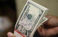 Dólar é negociado em alta, acima de R$ 3,80