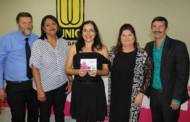 Primeira Dama homenageia 128 mulheres em Tangará da Serra