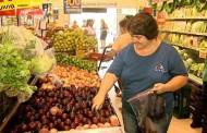 Inflação de baixa renda recua em fevereiro, puxada por alimentação e educação, diz FGV