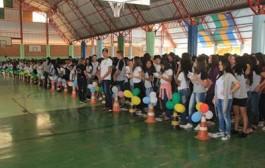 Escola Municipal Olavo Bilac realiza abertura dos jogos interclasses