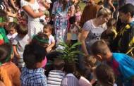 Dia da árvore é comemorado com plantio de mudas em escola municipal