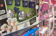 Fabricantes de brinquedos se livram do cor-de-rosa para atrair meninos às panelinhas