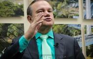 Se ele cometer erros, vai pagar por eles, diz Wellington sobre abandono de Bezerra