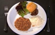 Arroz e feijão são 38% dos alimentos jogados fora no Brasil, diz pesquisa