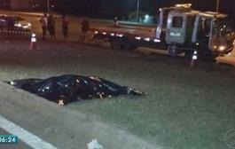 Mulher morre ao ser atropelada por carro ao tentar atravessar rodovia em MT