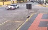 Carro oficial atropela motociclista em cruzamento em MT