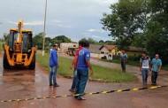 Adutora se rompe na Avenida Emanuel Pinheiro e compromete abastecimento de Água em Barra do Bugres
