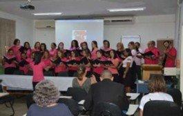 Criado com fins terapêuticos, coral Educanto reúne 34 servidores da Secretaria de Educação