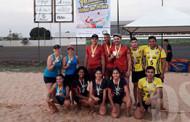 20 equipes participam do 1° Torneio de Vôlei de Praia