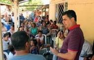Prefeito garante asfalto aos moradores do residencial Belinha começando no dia 23 de abril