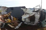 Motorista perde controle de direção e caminhão de transportadora tomba na BR-070 em MT, diz PRF
